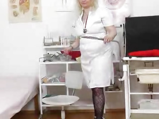 Doctor caught the head practical nurse being pervy