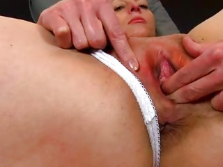 Czech cougar Renate dirty pov pussy spreading zoomed in
