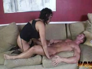 Housewife Spices Up Her Day Ge...