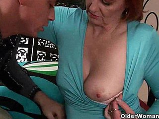 Mature mom craves a fist up her old pussy