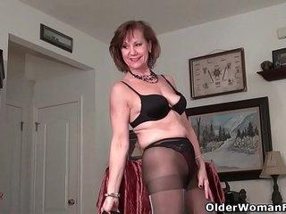 An older woman means fun part 335