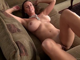 Amazing mature mom Julie with big boobs (FullHD)