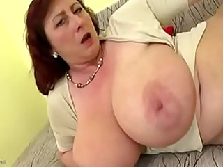 Plump mom with big saggy boobs