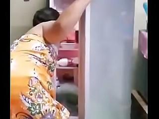 MAN FUCKS MOM