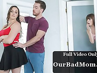 Lucky Guy Fucked Mom and Daughter